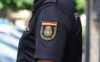 Acceso a la Polícia